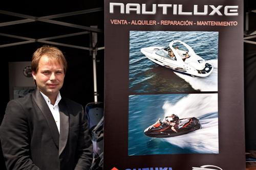 38-nautiluxe-custom